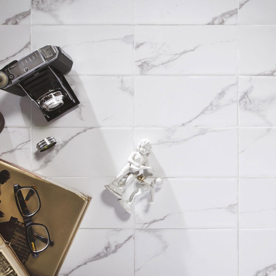 Kakel Arredo Carrara Blank 10x20 cm