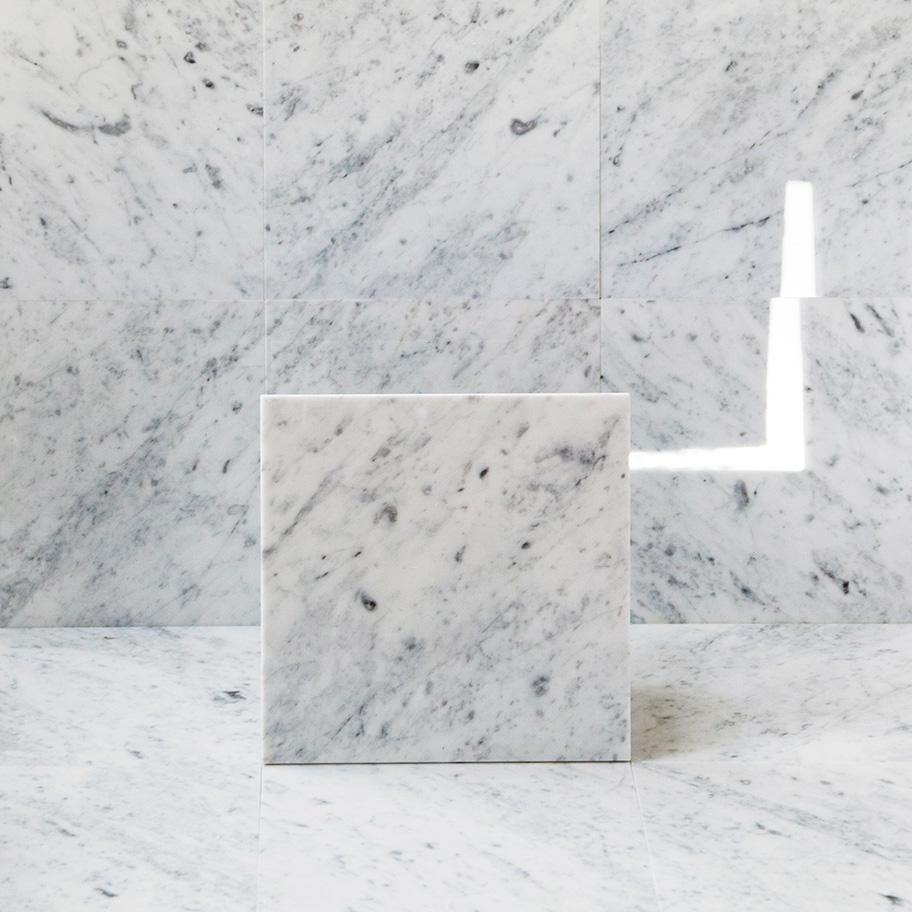 Marmor Arredo Carrara C Polerad 15×15 cm