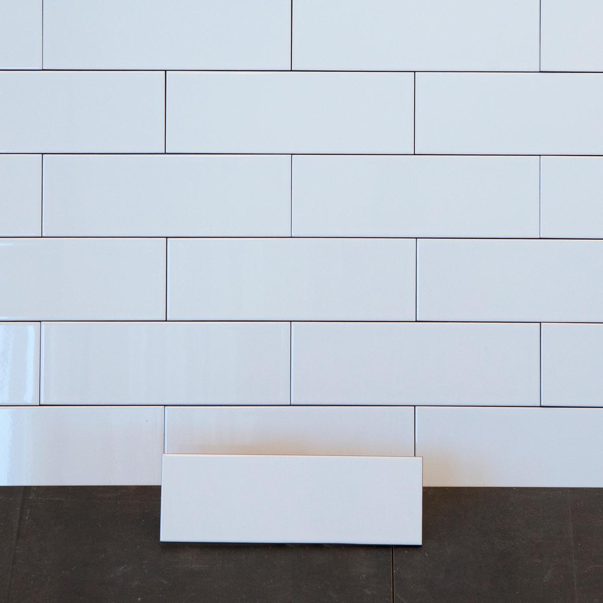 Kakel Color Pure White Blank 10×30 cm