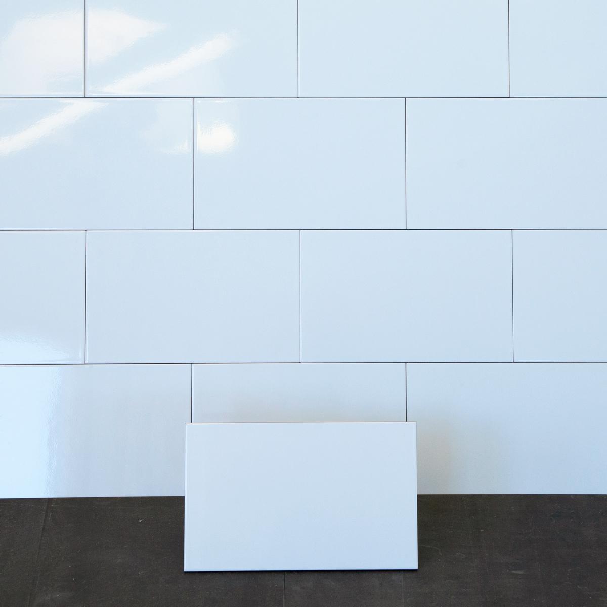 Kakel Polar Vit Blank 25×40 cm