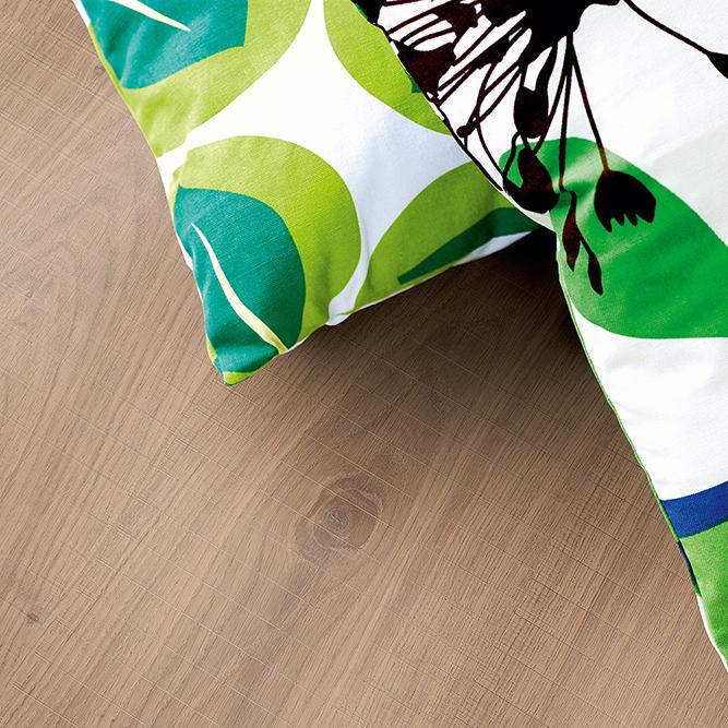 Laminatgolv Pergo Classic Plank Natural Sawcut Oak 1-Stav
