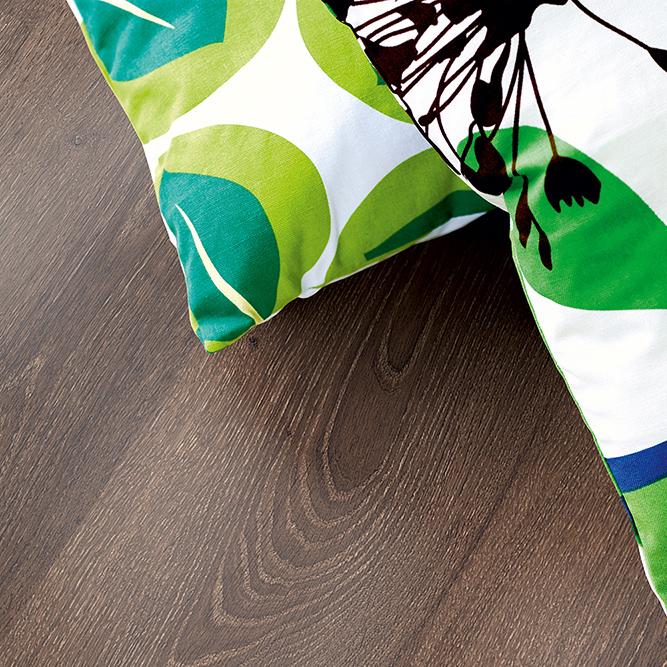 Laminatgolv Pergo Classic Plank Thermotreated Oak 1-Stav