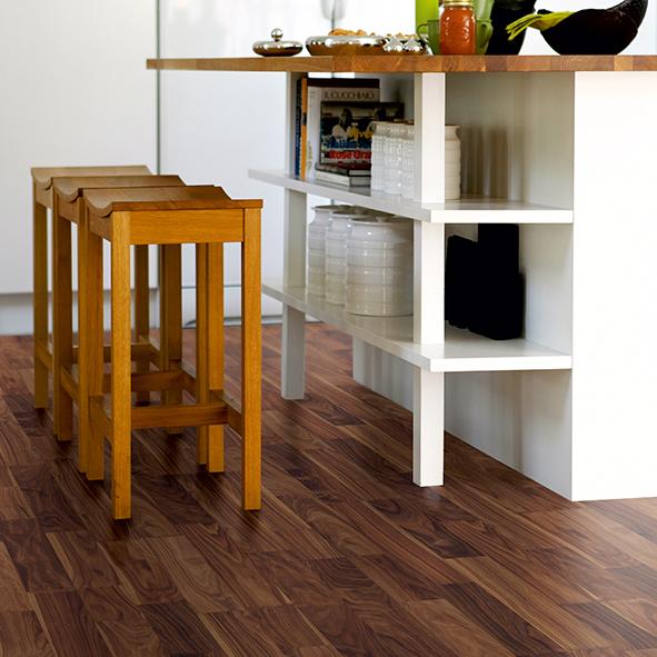 Laminatgolv Pergo Public Plank Valnöt Elegant 2-Stav