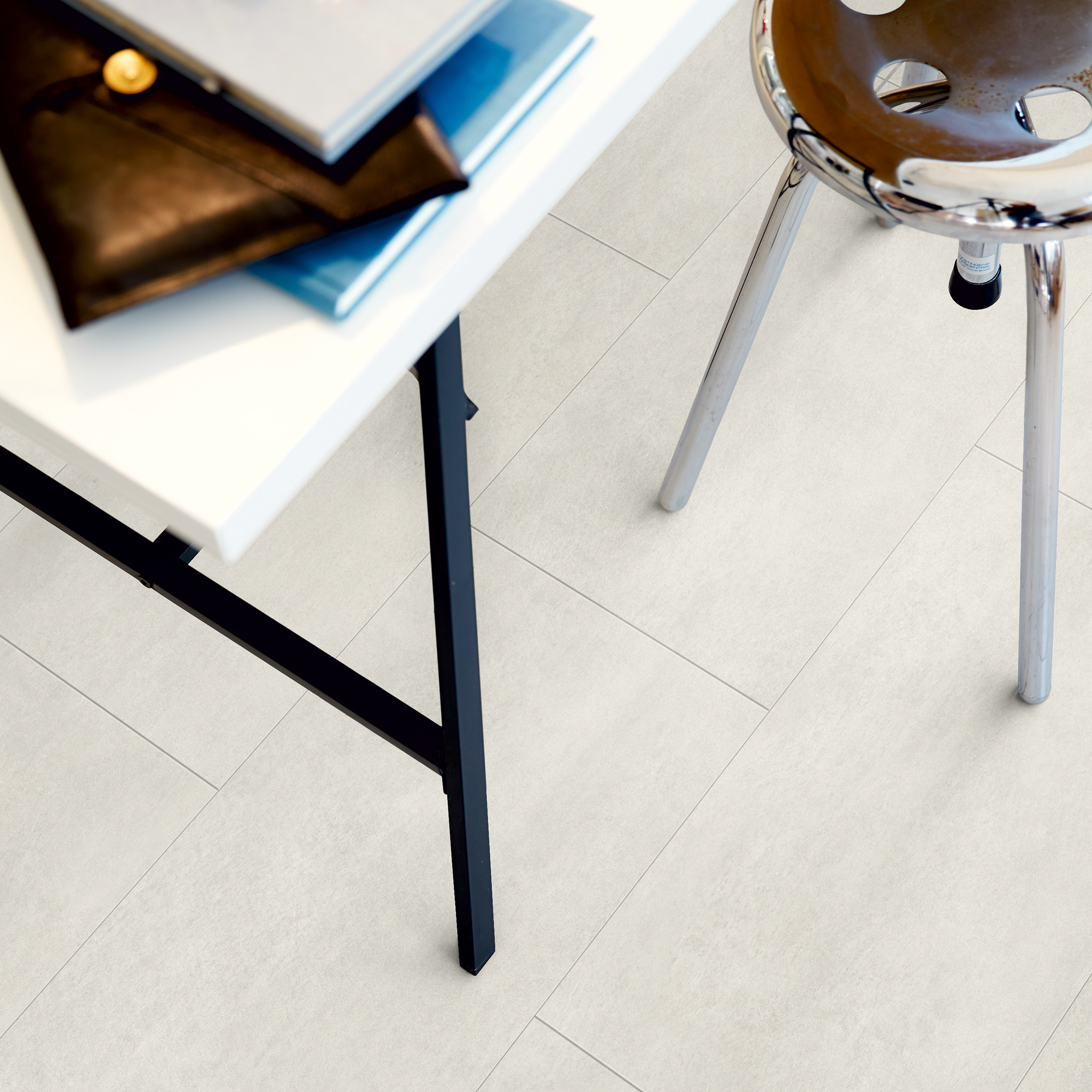 Vinylgolv Pergo Tile Light Concrete